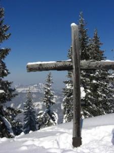 Gipfelkreuz am Pendling