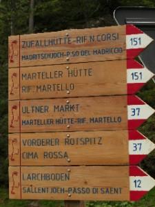Schilder im Vinschgau, Südtirol