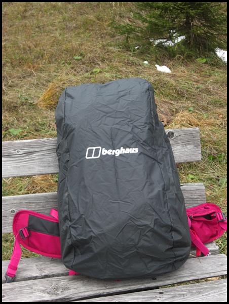 Berghaus Rucksack mit Regenhülle