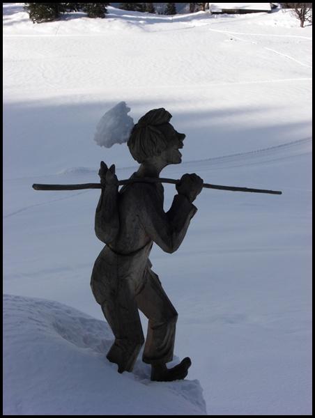 Holzschnitzkunst Berner Oberland Brienz