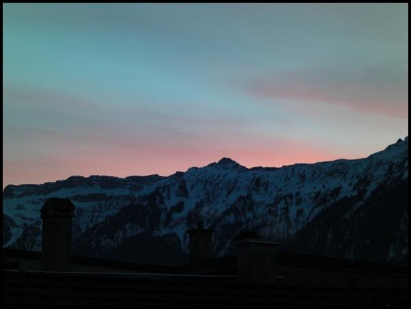 Abendrot in den Schweizer Bergen