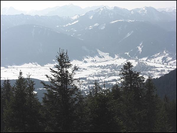 Blick vom Hörnle in den Ammergauer Alpen