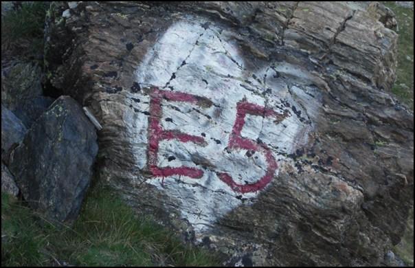 Zurechtfinden und Planen: Auf dem E5 über die Alpen wandern (6)