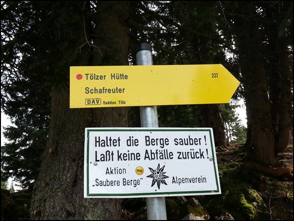 Wegweiser Tölzer Hütte