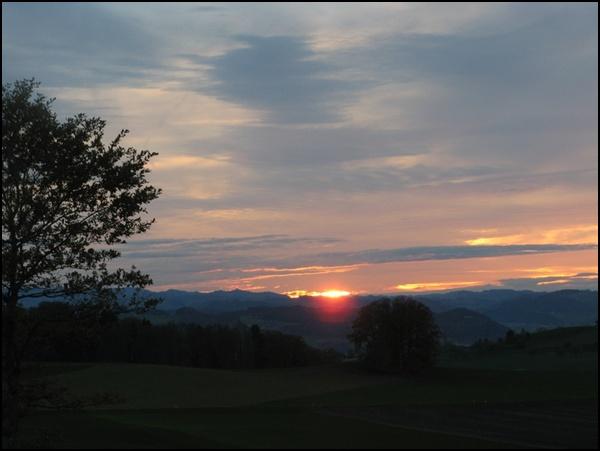 Sonnenuntergang Napfgebiet