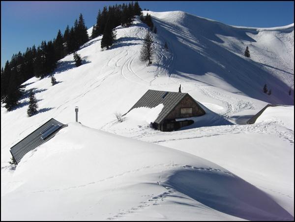 Touren mit Schneeschuhen und Schlitten