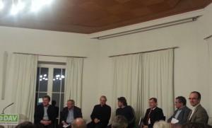 Diskussionsrunde im Alpinen Museum München