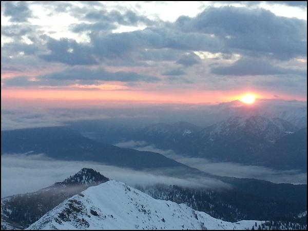 sonnenaufang_am Krottenkopf Gipfel