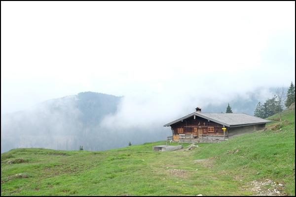 Neuhütte am Bayrischzeller Höhenweg
