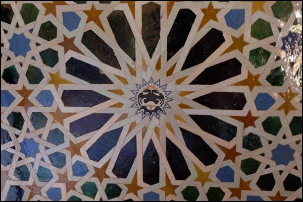 Kacheln in der Alhambra Granada