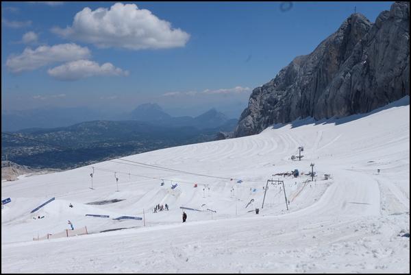 Skipisten am Dachstein Gletscher