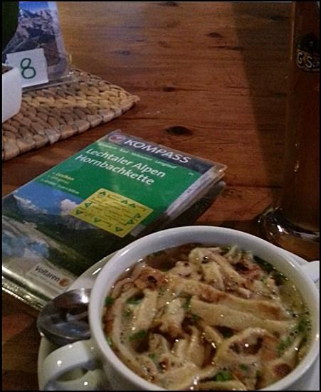 Suppe auf der Berghütte