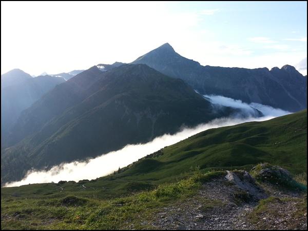 Wolkenschauspiel Anhalter Hütte