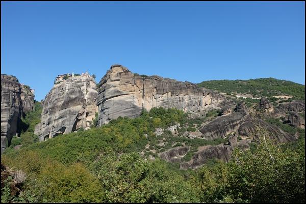 Ehrfurcht: Oben auf diesen Felsen Klöster bauen um darin zu leben?