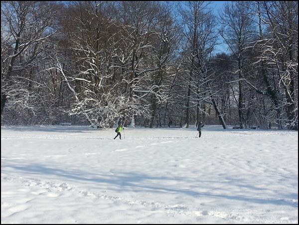 München am Mittwoch (1) – Schnee im Englischen Garten