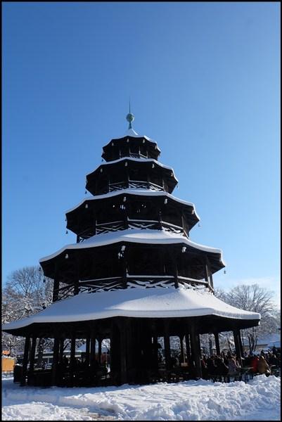 Chinesischer Turm im Englischen Garten.