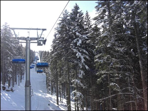Sessellift im Skigebiet Winklmoosalm