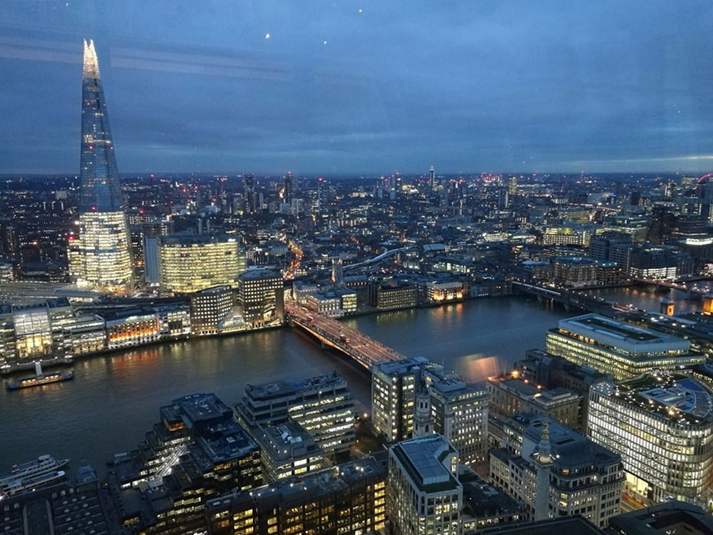 Nacht in London - Blick vom Sky Garden auf The Shard und London Bridge | Lieblingsstadt London