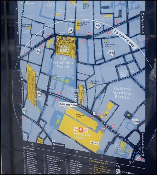 Karte mit Fahrradstationen in der näheren Umgebung.