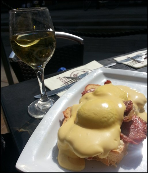 Eggs Benedict am Ostermontag in London