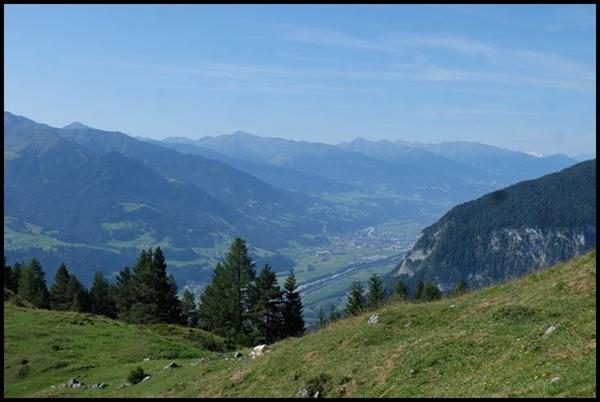 Blick aufs Inntal von der Astenau Alpe