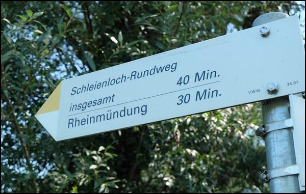 Wegweiser am Bodensee
