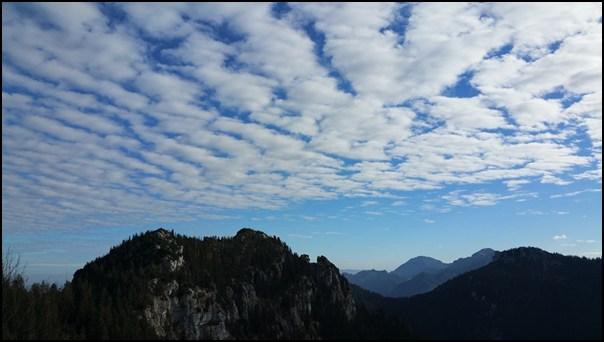 Wolken über der Chiemgauer Hochplatte
