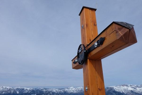Das Gipfelkreuz am Jenner