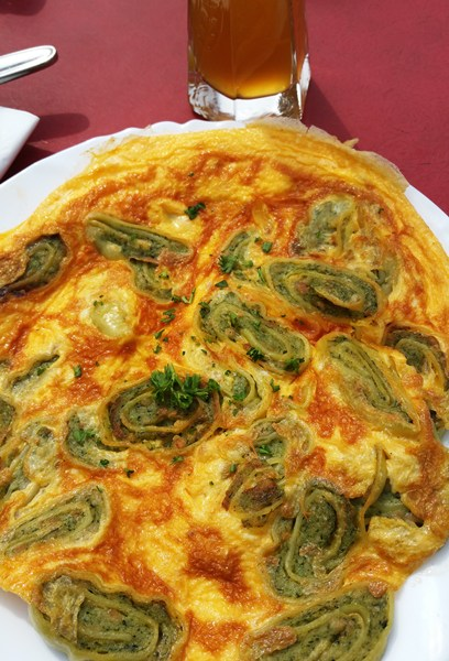 Maultaschen-Omelette im Maisental-Stübel