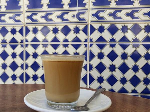 Kaffee andalusisch in der Sierra Nevada