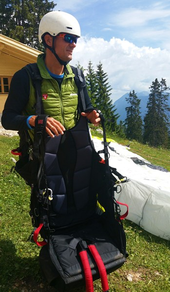 Sitz für den Paragliding-Tandem-Passagier