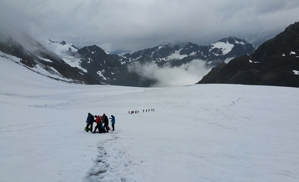 Bergsteiger auf dem Pitztaler Gletscher