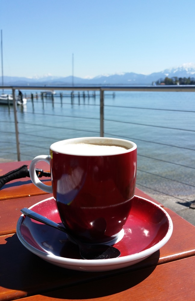 Kaffeepause in Gstadt am Chiemsee