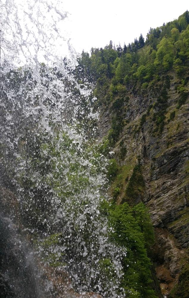 Hinter dem Wasserfall - mit dem Fahrrad am Staubfall