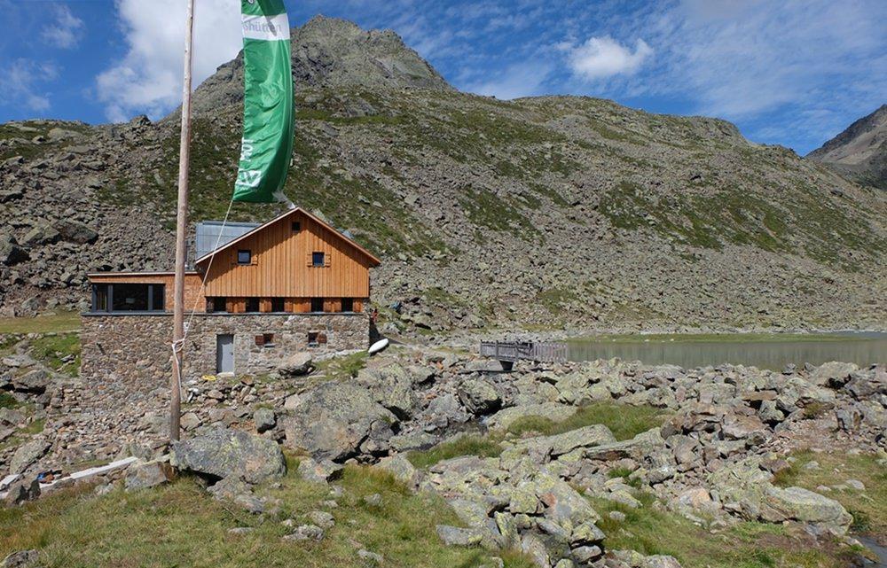 Kuchen mit Aussicht (3): die Winnebachseehütte im Ötztal 2.362m