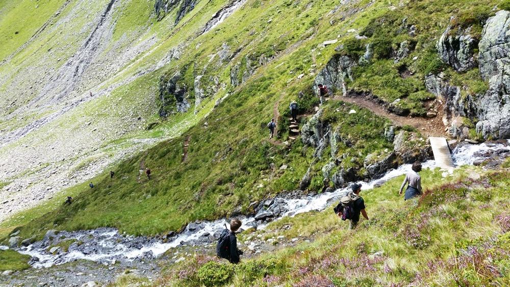 Abstieg in den Kessel, Weißer See Ötztal/ Tirol