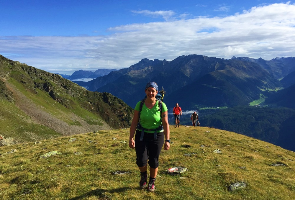 Auf dem 4-Seen Weg beim 4-Seen-Marsch: 14 alpine Berg-Kilometer durchs Ötztal