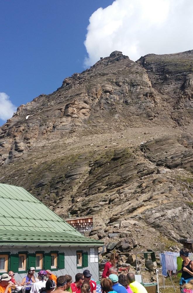 Ein Ort näher am Himmel. Die Terrasse des Schwaiger Hauses im Salzburger Land/ Österreich.