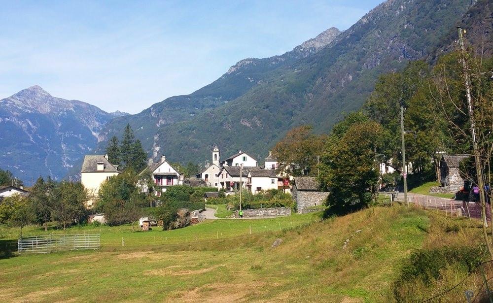 Mit dem Fahrrad durchs Maggiatal | Tessin, Schweiz