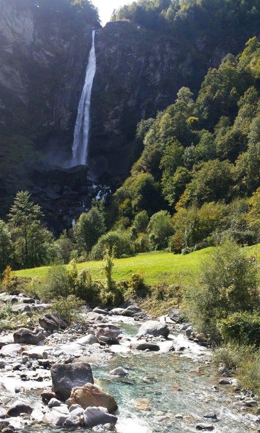 Der Wasserfall in Foroglio | Tessin, Schweiz