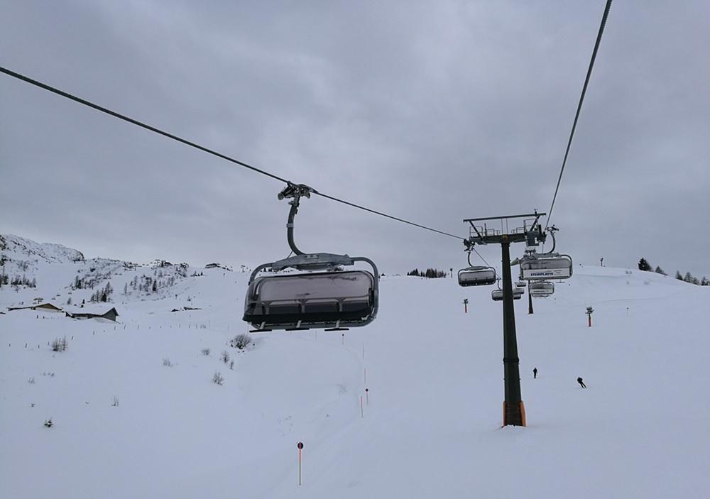 Skifahren auf der Steinplatte am 8. Dezember - Kapellenlift