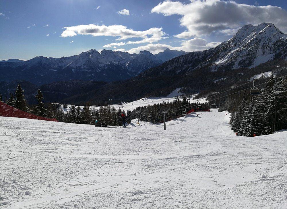 Skifahren mit Blick auf xxx