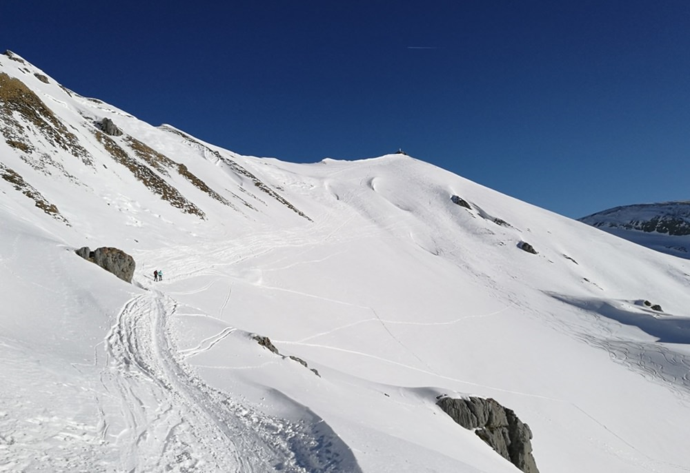 Der erste Blick auf den Gipfel der Rofanspitze und die heikle Hang-Querung