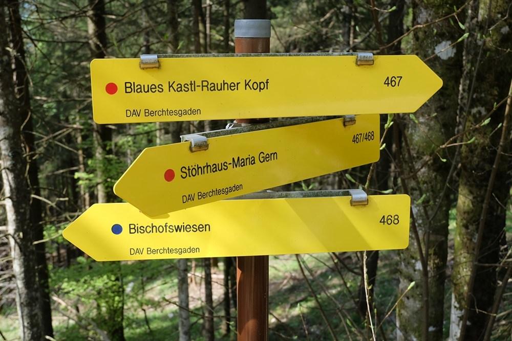 Beschilderung auf dem Weg zum Rauhen Kopf/ Berchtesgadener Alpen