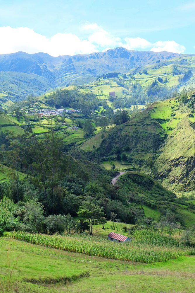 Auf einem Weg der Inka durch die ecuadorianischen Anden - auf dem Quilotoa Loop von Isinlivi nach Chugchilan.