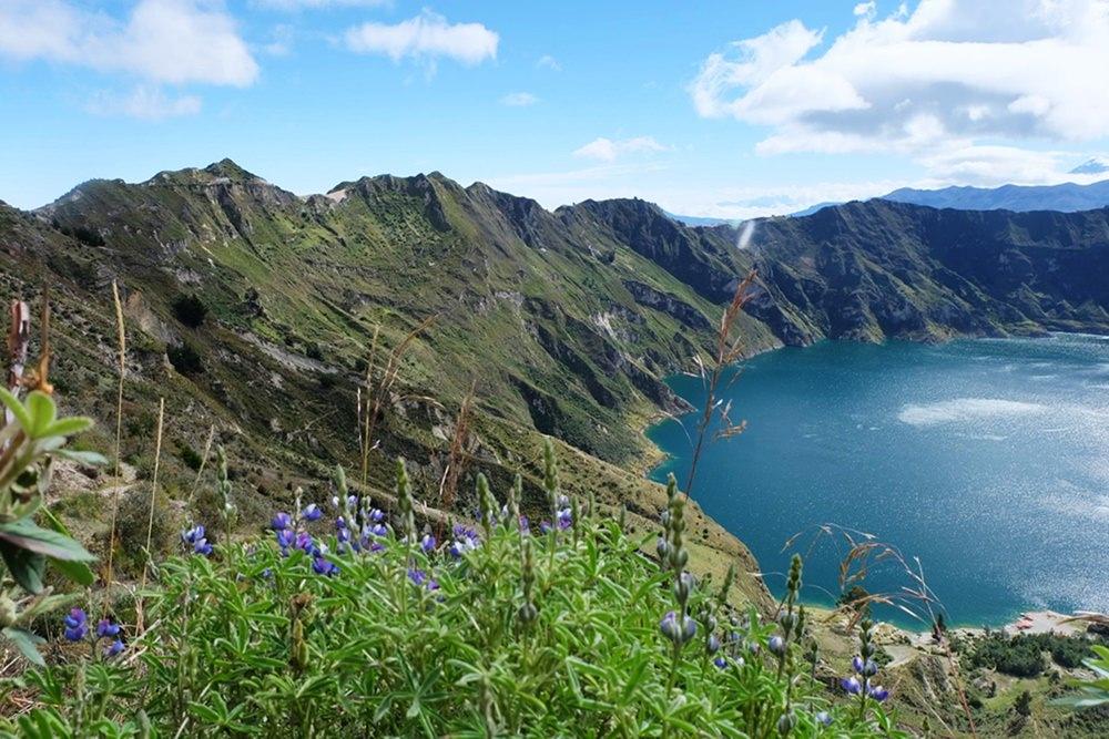 Ecuador: Wandern auf dem wilden grünen Quilotoa Loop in den Anden