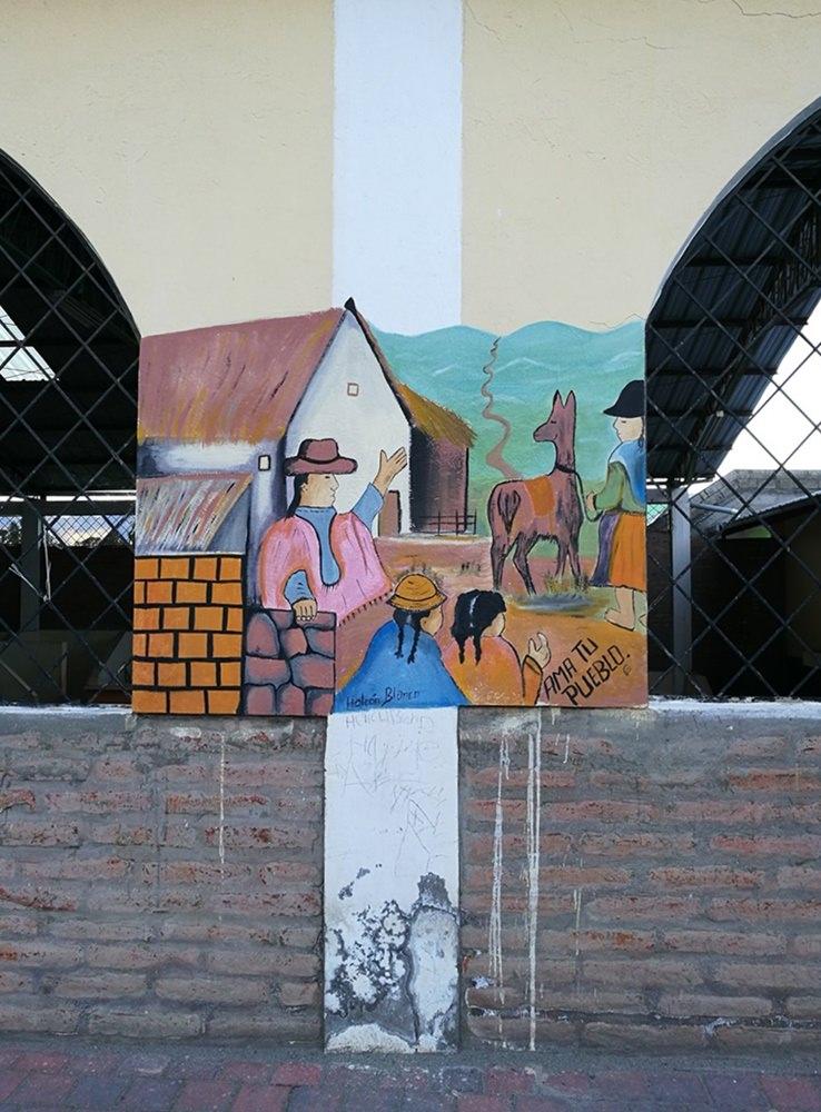 Streetart an der Markthalle von Chugchilan, Etappenort am Quilotoa Loop in Ecuador
