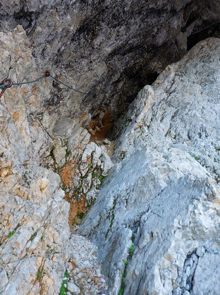 In der Stopselzieher Höhle Richtung Zugspitze