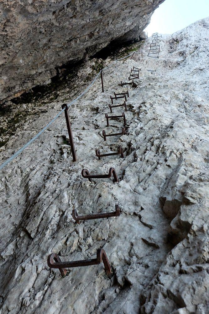 Die Schlüsselstelle für mich: eine lange Leiter aus Trittstufen - von denen eine gefehlt hat. Mit Mut und Konzentration zu überwinden.