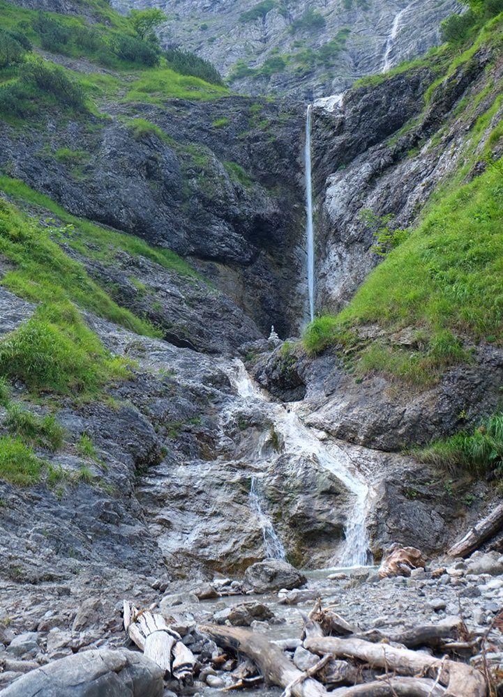 Wasserfall an der Kleinen Wolfsschlucht am Bergsteigerdorf Kreuth | Bayern